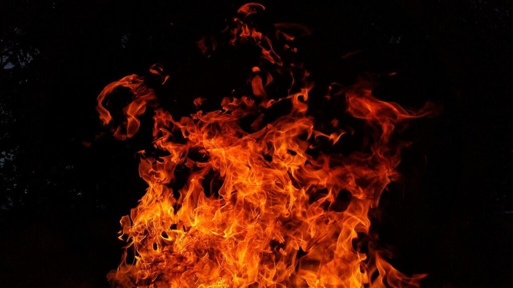 fire, flames, red-2821775.jpg
